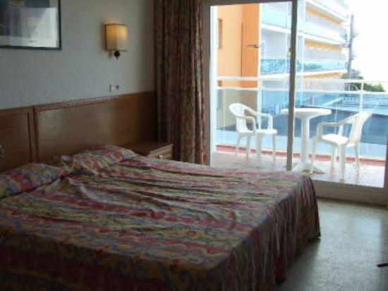 ALEGRIA Maripins: bedroom