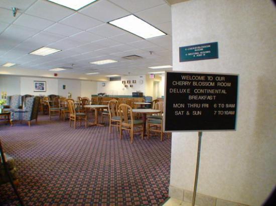 Comfort Inn Arlington Boulevard: Frühstücksraum