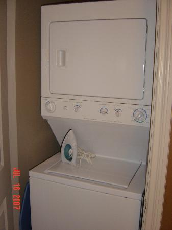 Old House Hotel & Spa: washer/dryer in unit