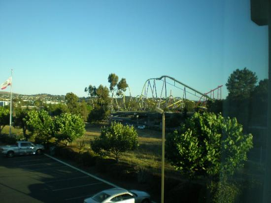 BEST WESTERN Inn & Suites At Discovery Kingdom: The View From Our Room