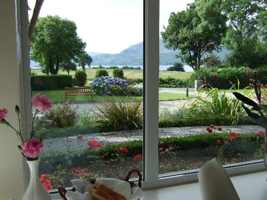 Loch Lein Country House: view from the brekfast room