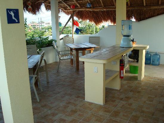 Coral Reef Inn: the wonderful upstairs!!!!