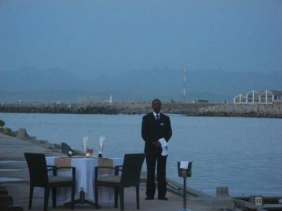 Radisson Blu Hotel Waterfront, Cape Town : someone is going to have a romantic dinner