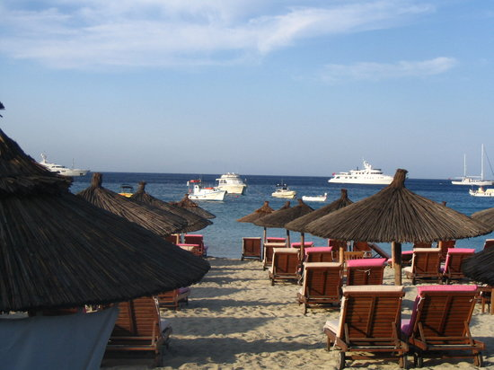 Platys Gialos, Yunani: Beach at Mykonos Palace