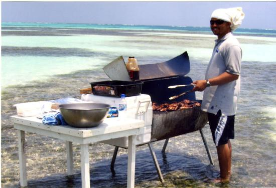 St. George's Caye Resort: BBQ on a shallow reef in the middle of the ocean