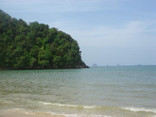 Anyavee Ao Nang Bay Resort: Nop pharat beach