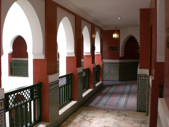 Palmeraie Palace: inside corridors for hotel