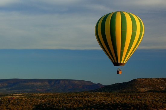 Northern Light Balloon Expeditions: Floating Over Sedona