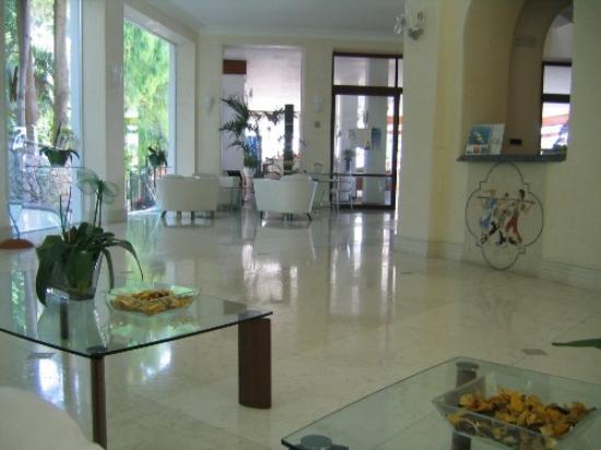 拉佛洛里迪安娜酒店照片