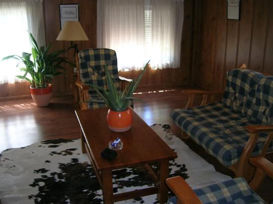 Hotel Rural Noguera de la Sierpe: Vista de la suite