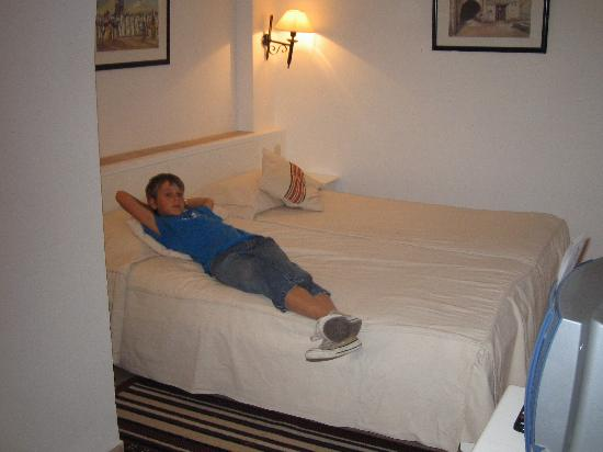 Winzrik Resort & Thalasso Djerba: Intérieur chambre