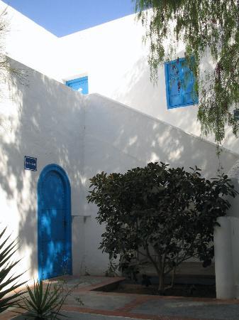 Winzrik Resort & Thalasso Djerba: Patio chambres