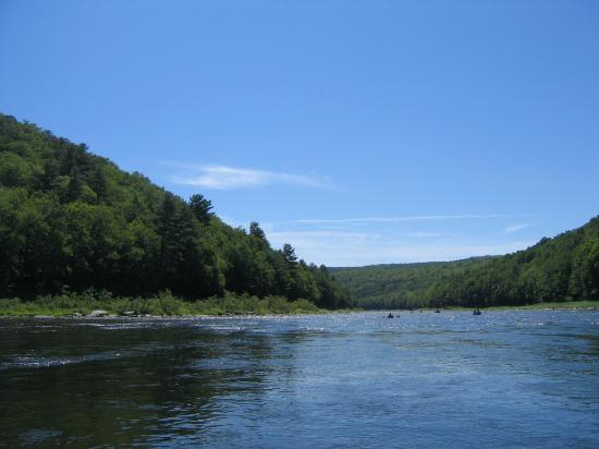 Kittatinny Campgrounds : river1