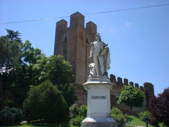 Castelfranco Veneto, Italia: castello - Giorgione