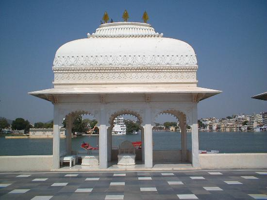 Taj Lake Palace Udaipur: Private dining area on the roof