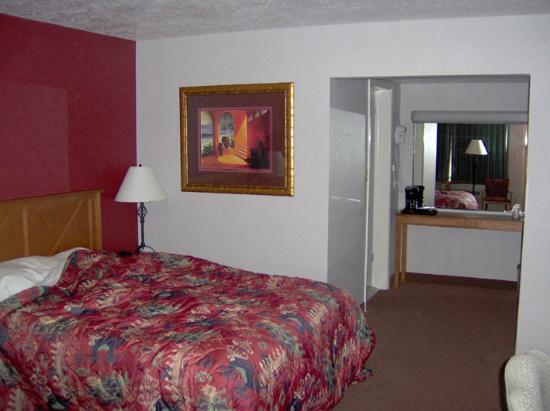 BEST WESTERN Travel Inn: L'intérieur de la chambre