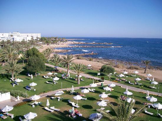 Constantinou Bros Athena Royal Beach Hotel: View from Balcony