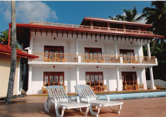 The Waterside Bentota: With 6 double bedrooms, a beautiful boutique hotel