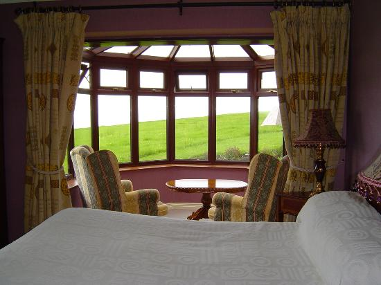 Ballinalacken Castle Country House: Room 16