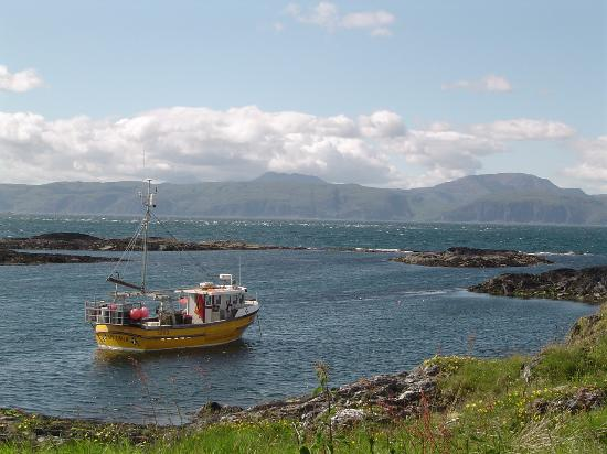 Isle of Luing, UK: Luing, view of Mull