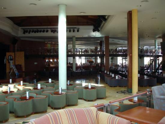 Insotel Punta Prima Resort & Spa: Salón