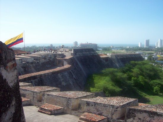 Cartagena, Kolombia: Side View of Castillo de San Felipe