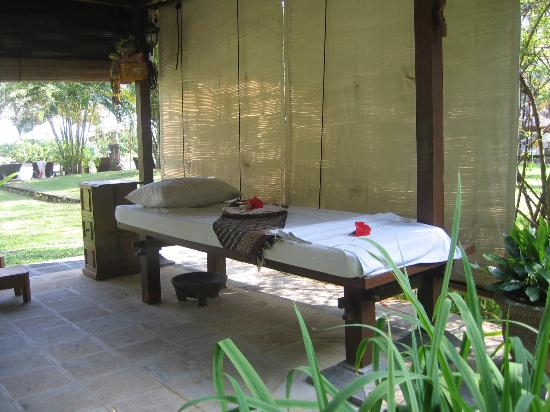 Holiday Inn Resort Baruna Bali: La table de massage