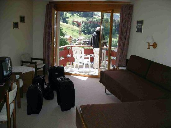 Hotel Eiger Wengen: room