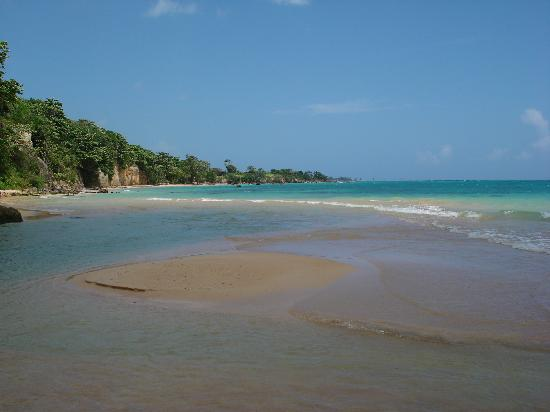 Jamaica Inn: Laughing Waters Beach