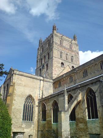 Tewkesbury Abbey: THe Abbey a week before the July 2007 Floods