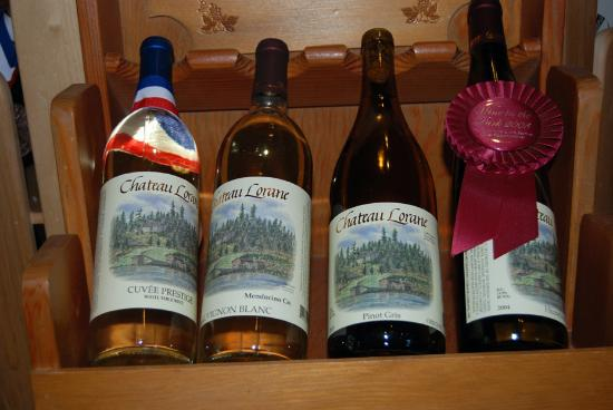 Eugene, OR: A nice selection of wines at Chateau Lorane