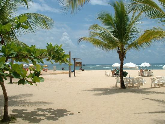 Villa das Pedras Pousada: beach in front of Villa das Pedras