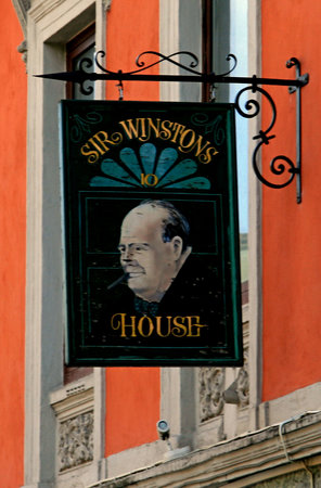 Sir Winston Pub & Piano bar