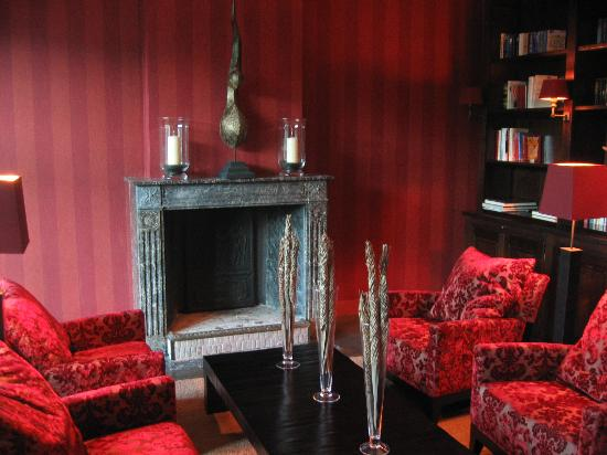 Manoir de Lebioles: le petit salon