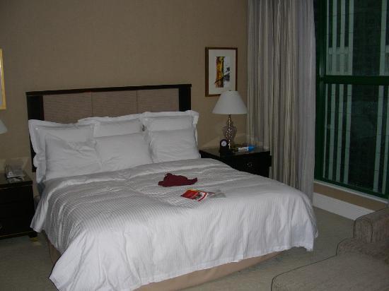 The Ritz-Carlton, Kuala Lumpur: Bed