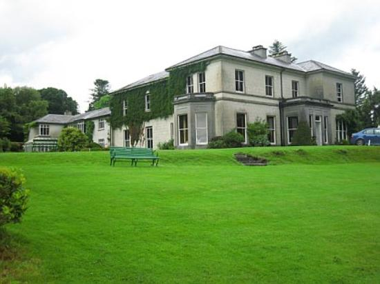 Currarevagh House : The House again