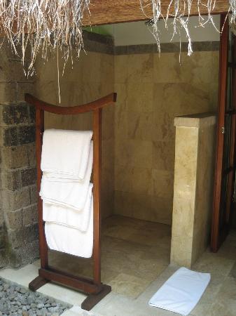 Plataran Canggu Resort & Spa : Shower area