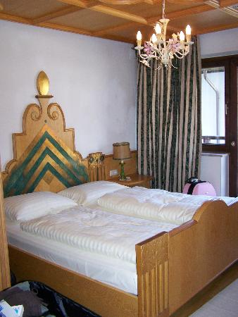 Q! Hotel Maria Theresia: My bedroom