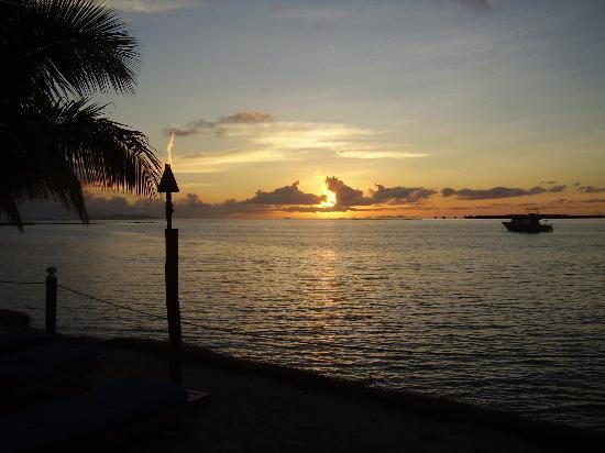 Sheraton Denarau Villas: Sunset