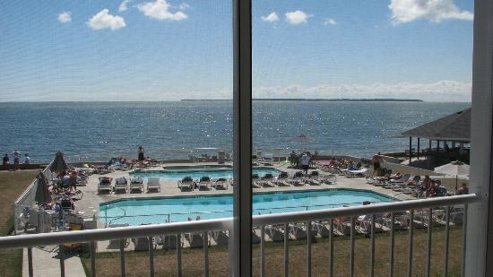 BayShore Resort: View from the balcony of pools, tiki bar, and Lake Erie