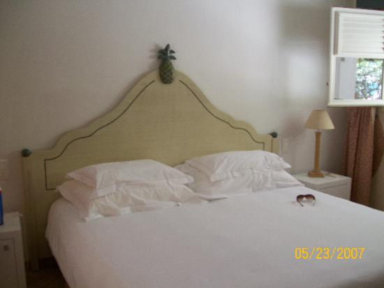 Hotel Emeraude Plage: bed
