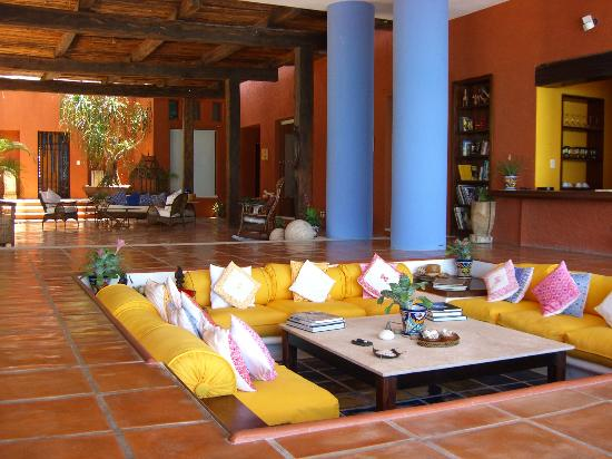 Casa De Los Suenos: Sunken Living Room Part 59