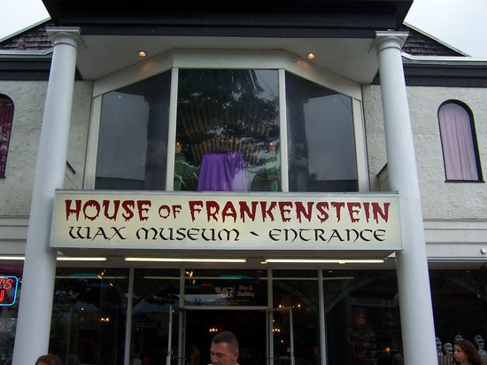 ‪House of Frankenstein Wax Museum‬