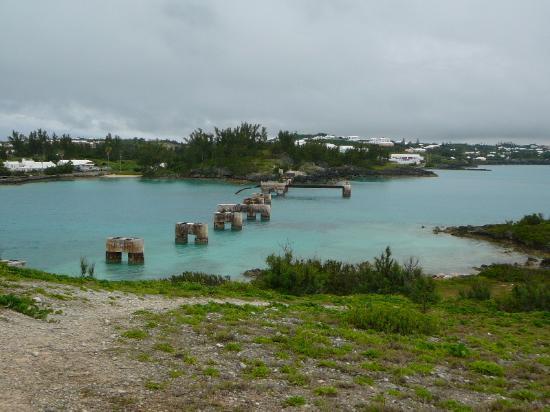 Watford Studios: Remains of Bermuda Railway Bridge