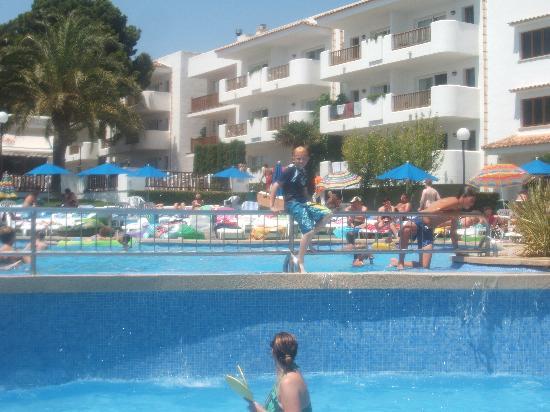 Inturotel Cala Azul Garden: pool area