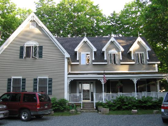 Manor House Inn : Acadia Cottage