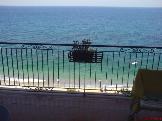 Park Hotel Silemi: what you see every morning if u get a sea view