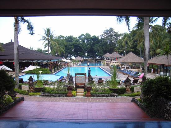 Jayakarta pool from Lobby