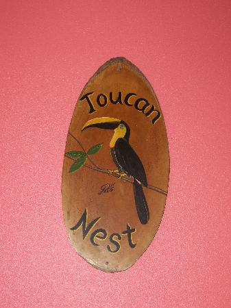 Costa Paraiso: Toucan Nest sign