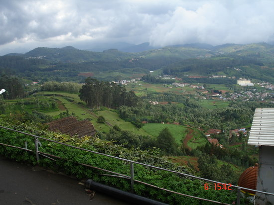 Ooty (Udhagamandalam), India: Views around Ooty... and what a stunning view it is